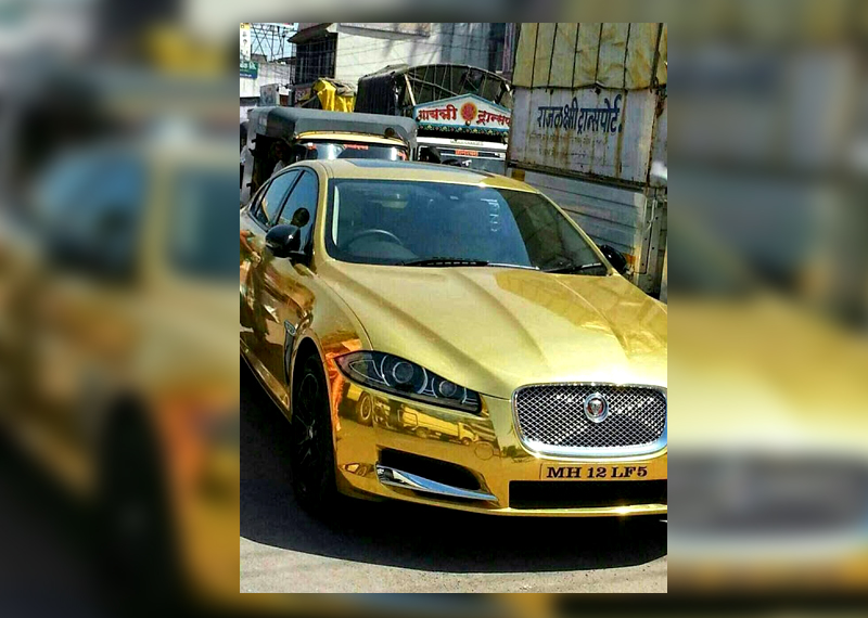 Spotted: Gold-plated Jaguar on Pune's streets